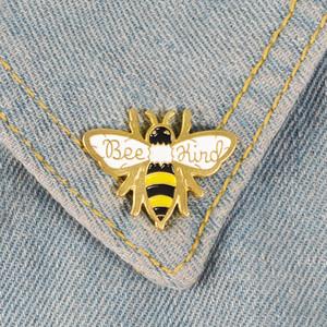 Bee Arten nette kleine Insekt Lustige Emaille Broschen Pins für Frauen Weihnachten Demin Hemd Dekor Brosche Metall Kawaii Abzeichen Fashion Jewelry