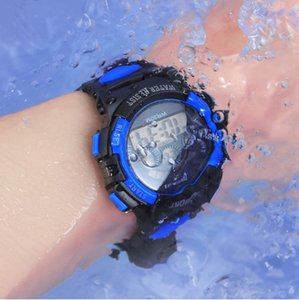 Enfants Montres LED 7 Retour couleur Lumières enfants garçons Noël Montre cadeau Montre support intelligent Stop Watch Calendrier