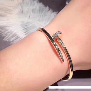 55 marques de titane acier collier simple or rose 18 carats SilveCartier avec boucles d'oreilles de célébrités de tendance féminine bracelet