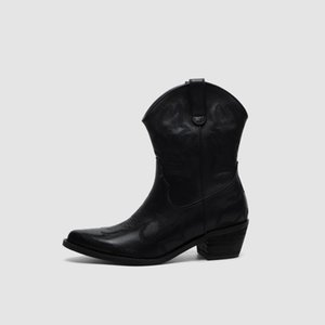 Free shipping 2019 sheepskin leather Motorcycle boots Ankle booties 5.5CM high heels SHOES pillage Toes black embroider size 34-39 black 01