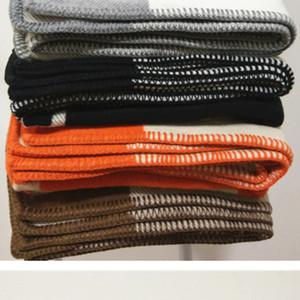 Letra H Cashmere Cobertor Crochet lã macia Scarf Shawl Portátil Quente Plaid Sofá Knitting Bed velo para a amiga presentes da mãe