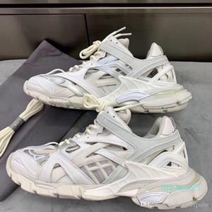 Nouvelle haute qualité Triple S 2.0 sneakers femme shoesTRACK.2 FORMATEURS Hommes de luxe de piste Formateurs de L25 de chaussures hommes