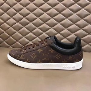2020 Nova Chegada Mens Calçados Casuais Top Quality Homens Sneakers Homens Moda Luxurys Sapatos Sheepskin Insole Modelo 999
