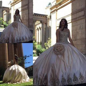 2020 New Beautiful Sweetheart Neck Quinceanera Dresses Appliques Beaded Satin Plus Size Sweet 16 Dresses Sexy Backless Prom Dress