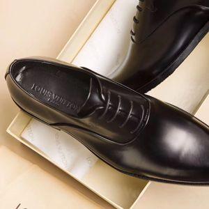 Habillé de luxe en cuir de chaussures pour hommes de haute qualité fête de mariage concepteur original classique mocassins chaussures mode conduite chaussures avec boîte