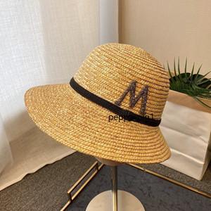 Desiner Tatil Nakış Straw Rafya Dokuma Geniş Brim Güneş Şapkası Kadınlar Yaylar Yaz Şık Şapka Caps Bayanlar Yuvarlak Şapka Güneş Koruyucu Kapağı