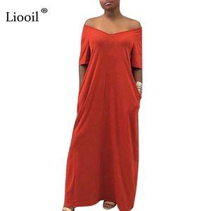 Liooil Плюс Размер Sexy Maxi платье Женщины лета 2019 богемского вскользь Сыпучие платье с коротким рукавом O шеи Карманный Красный партии Длинные платья
