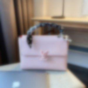 2020 New Fashion HOTLVLOUISVUITTONLuxury Women Handbags Messenger Bags Ladies Shoulder Bags Tote Purse 64