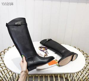 겨울 신발 평면 뒤꿈치 검은 카우보이 가죽 기사 2801867B를 스테이지로 무릎을 통해 뜨거운 새로운 패션 럭셔리 디자이너 여성 부츠