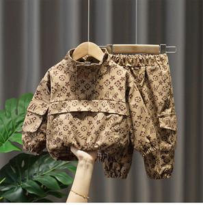 Nouveau costume européen pour les enfants de la station 2020 nouveaux vêtements modèles de printemps et d'automne printemps vêtements de printemps bébé style étranger