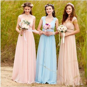 Pretty Double Straps Long Girls Bridesmaid Dresses V Neck Chiffon A Line Bridesmaid Gowns With Crystal Wedding Party Dresses 2018