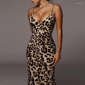 Vestidos bodycon serpentina del tirante de espagueti para mujer del partido flaco atractivo de los vestidos con paneles de manera femenino de la envoltura de los vestidos de las señoras del verano leopardo