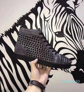 Christian Louboutin CL Verde Designer Designer Sneakers classiche scarpe rosse pattini inferiori Moda borchie Spikes piatto scarpe 7 colori L30