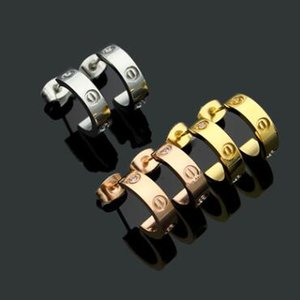 Prezzo di fabbrica famoso designer all'ingrosso vite in acciaio di titanio con orecchini trapano semi-circolare di apertura con orecchini trapano per le donne regalo