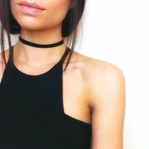 2020 Einfache Vintage schwarze Samt-Halsketten-Frauen-Halskette Chocker collares mujer Collier ras de cou