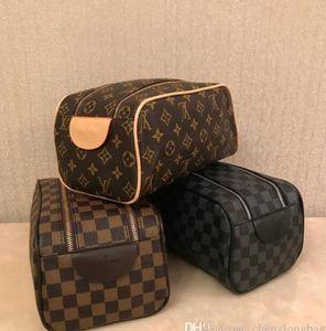 les hommes de qualité haut de gamme qui voyagent femmes de design de mode sac de toilette Trousse de toilette de grande capacité sacs cosmétiques sac de toilette maquillage poche