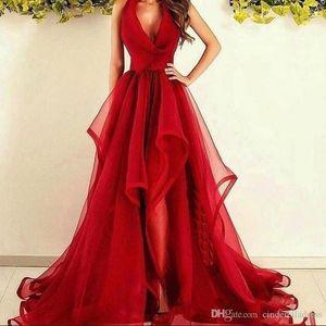 2020 Sexy Red Halter V pescoço Prom Dresses A Linha de Tulle Trem da varredura da dama de honra vestidos simples Ruffle Custom Made vestido de noite formal