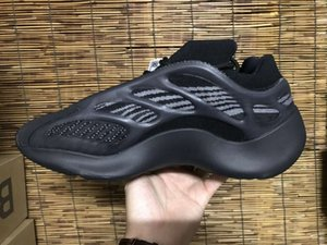 2020 High Quality 700 V3 Azael Black Alvah Running Shoes Men Women Kanye West Sports Shoes