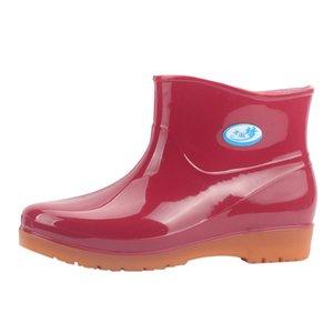 2019 Nuovo tempo libero stivali da pioggia donne tacco basso punta rotonda scarpe impermeabili Tubo Medio stivali da pioggia chaussures femmes