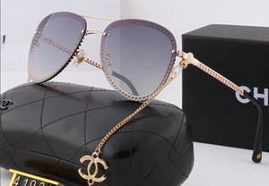 Wholesale-2019 de la nueva manera de grandes hombres y mujeres de la cadena marco de las gafas de sol polarizantes de aleación patas de la estructura