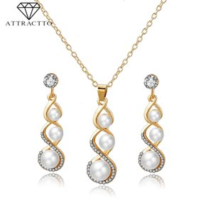 ATTRACTTO Simple Suit Pearl Necklace Earrings Sets Gold For Women Wedding Bridal Elegant Lady Charm Pearl Jewelry Set SET190007
