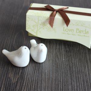 2pcs / lot Love Birds sel Poivrière Outils épices en céramique 12 * 4 * 5cm faveur de mariage oiseau d'amour Sel et poivre Shaker Outils Spice Party cadeaux