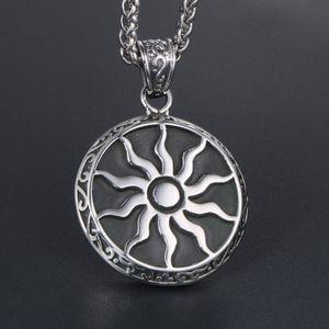 Große Sonnenblume-hängende Halsketten-Weinlese-Titan Edelstahl Sonnengott-Ketten-Charme-Halskette für Männer Frauen Hip Hop Statement Schmuck