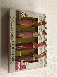New Chegou Faced 4pcs Cheiro Batons O doce do Natal trata líquidos 4 cores Lips Gloss Set derretido Matte Maquiagem Cosméticos Presente