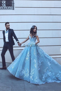 Light Blue Ball Gown Quinceanera Dresses Long Off The Shoulder Appliques 2020 Maxi Princess Dress Formal Party Prom Gowns for Sweet 16
