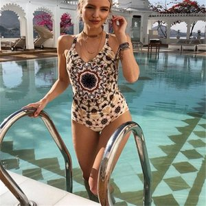 Summer Women' s Sexy Swimwear New Style Fashion Thin Light Outdoor Beachwear Classic Polyester One Piece Swimsuit for Women