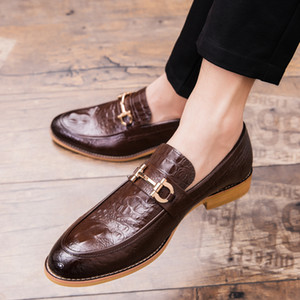 Handmade Men Oxfords Leather Shoes Pointed Toe Wedding Dress Loafers Shoes Business Mens Formal Vestito Elegante Uomo