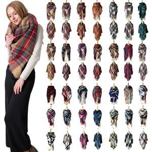 Inverno Triangolo Sciarpa Tartan sciarpa di cachemire donne coperta plaid sciarpa del nuovo progettista acrilico di base delle donne Scialli Sciarpe Wraps Gifts RRA2102