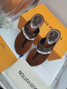 2020 Новый L Женщина Дизайнер Классический Стиль Нескользящие кожа Печатный клип Toe сандалии Открытый пляж тапочки с коробкой