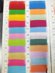 2020 verfügbar Farbmuster mit unterschiedlichem Gewebematerial Chiffon Satin Tüll Samtspitze elastischer Satin Taft Organza auf Lager