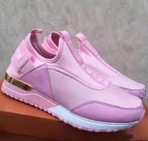 Yepyeni İlanı Marka unisex spor çalıştırmak ayakkabı 36-41 Açık Atletik gündelik ayakkabı spor Süet Yürüyüş Yürüyüş Ayakkabı Güz