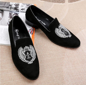 Italy Style Fashion velvet with embroidery men Loafers Luxury Casual Flats Smoking Slippers Slip-on Party and Wedding Casual shoes W291