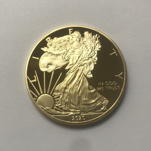 10 piezas de la libertad Eagle 2020 insignia de oro de 24 quilates chapado en 40 mm de caída de la moneda conmemorativa estatua de la libertad americana recuerdo monedas aceptables de envío