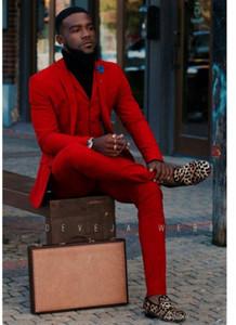 Red Groom Smoking Notch Lapela Groomsmen Mens terno do casamento Popular Homem Jaqueta Blazer 3 Piece Suit (Jacket + Pants + Vest)