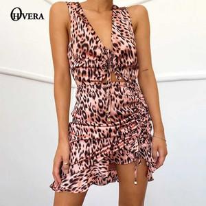 Ohvera сексуальный леопарда плиссированные рябить мини-платье Bodycon глубокий v шеи короткое платье Летний отдых на пляже элегантный выдалбливают