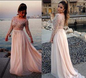 2021 Sweet Pink Robes de bal Une ligne à manches longues en cristal perles formelle Robes de soirée en mousseline de soie filles tissu Graduation Party Robes 2K17
