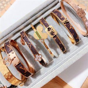 Roman amoureux bracelet en acier de titane numérique bracelet / Couronne / 2020 / amant / femme bijoux de luxe hommes bracelet