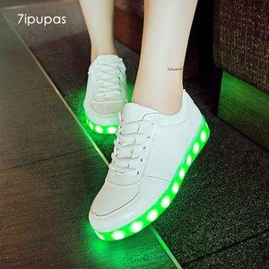 7ipupas panier de enfants Colourful lumineux unisexe chaussures Homme Femme conduit Lumineuse Schoenen Light Up chaussures incandescentes Chaussures T200421