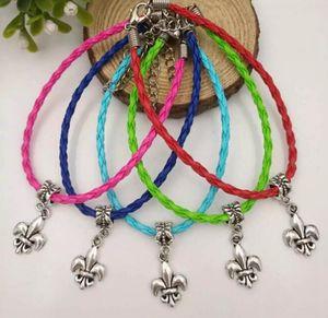 20 Pcs / Lot Antique Argent Fleur De lis Dangle Perle Pendentif Mixte Couleur Cuir Tressé Corde Bracelets Bracelets Bijoux Femmes A199