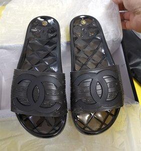 Branded hommes Effacer Pvc Flat Sandal Faites glisser la plage extérieure Slipper Designer femmes Lettre PVC Outsole Casual Slipper
