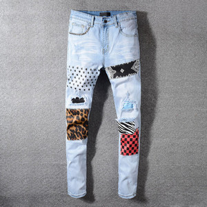 Мужские джинсы Patch Light Blue Hole печати Мода Джинсовые брюки Wahsed Проблемные Тонкий карандаш штаны Мотоцикл джинсы