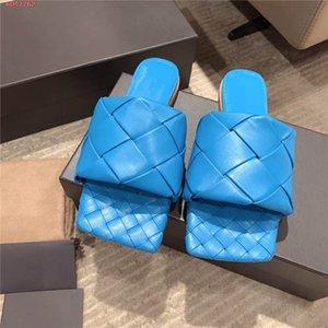 Au début du printemps haut couleur kaki blanc bleu noir Weave les pantoufles de base plat en cuir véritable motif à carreaux tête carrée correspondants Emballage