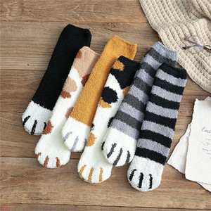 pelúcia meias de lã de coral tubo feminino meias outono e inverno garras gato bonito quente grossa de sono meias chão do sono