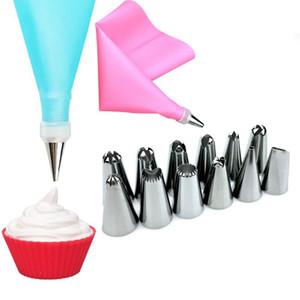 14PCS / Set Silicone Kitchen Supplies Icing Piping Cream Paste Bag +12 Stainless Steel Nozle Set DIY Cake Decorating Tips Set