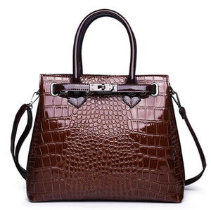 Womens Designer Handbags 2020 Fashion Shoulder Bags Tote Bag High Quality Crocodile Pattern Bag Leather Big Space Briefcase Brown Red Black