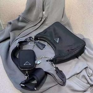 Borsa di colore di modo nera per gli uomini e le donne all'ingrosso dei nuovi prodotti Cross-body bag in nylon con piccola moneta Portafoglio famosa borsa zaini popolari